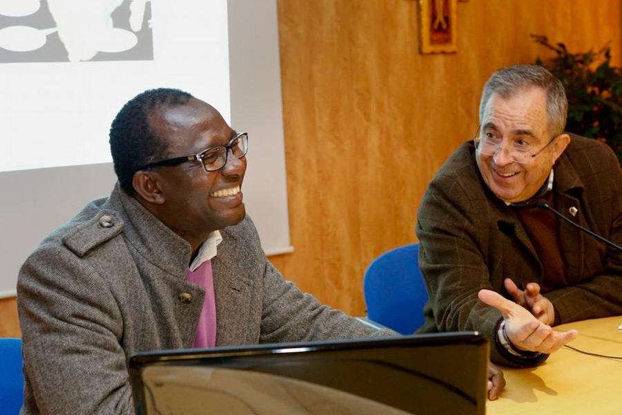 Desiré Kouakou Tanoh, presidente de Egueire, explicó la labor que la ONG Egueire