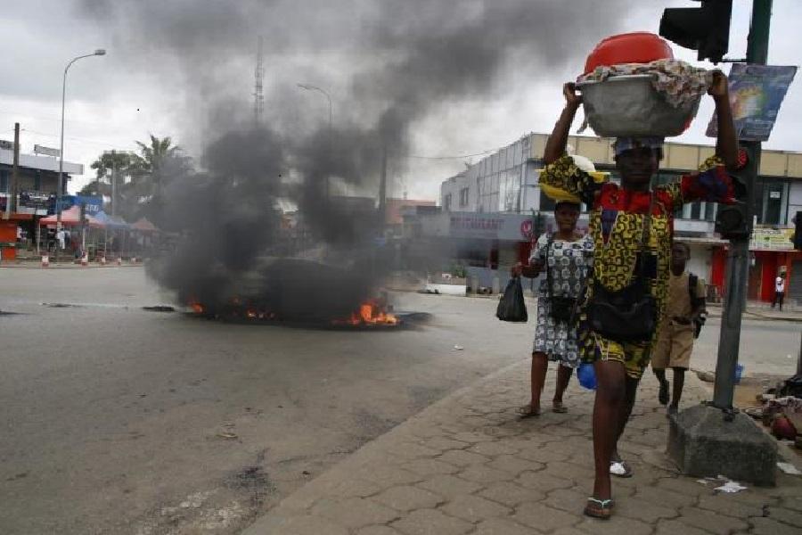 Revueltas ante la situación política en Costa de Marfil